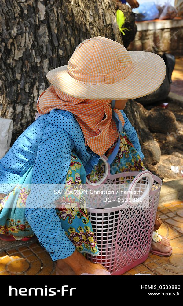 Krong Balneaire HemisCambodge Station Province Kep Femme wnO0Pk8X